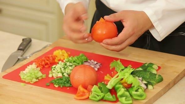 Thumbnail for Peeling Blanched Tomatoes