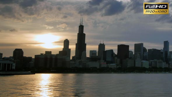 Thumbnail for Chicago Skyline Reflected on the Lake at Sunset