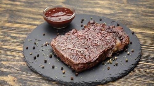 Steak And Sauce Rotate