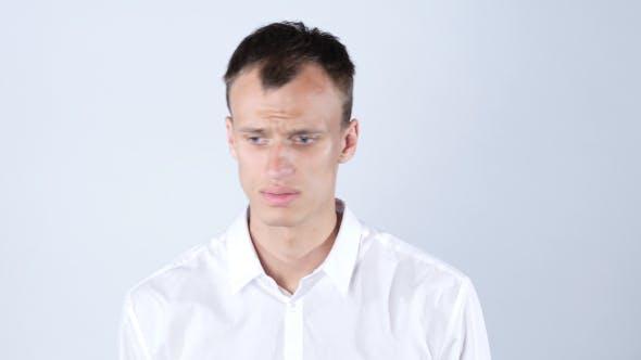 Thumbnail for Verwirrter trauriger Geschäftsmann