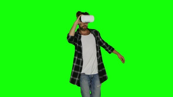 Thumbnail for Man In VR Mask Passes Some Of Virtual Obstacles