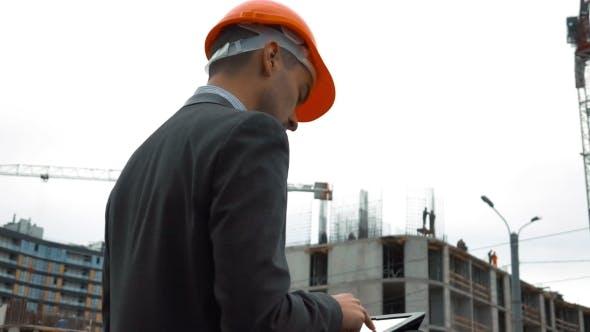 Architector Check Drawings On Digital Pad