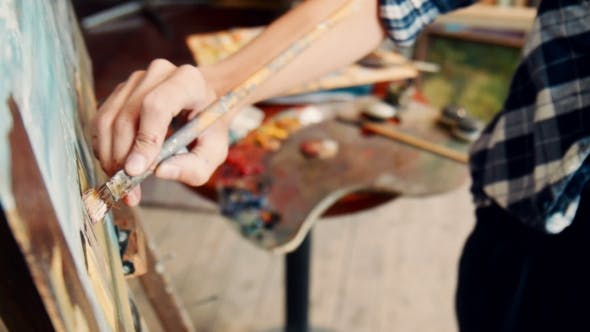 Thumbnail for Künstler Student in Malerei Klasse