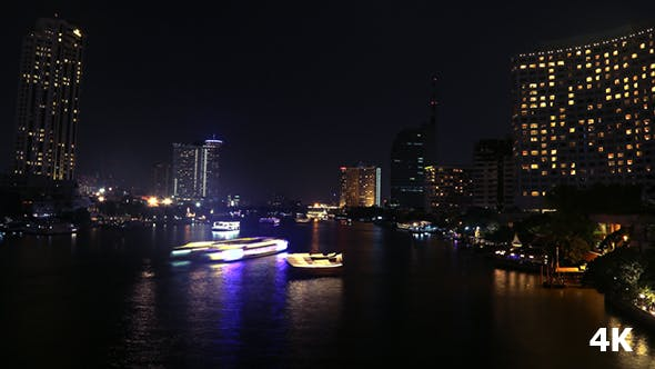 Cover Image for Life On River At Night