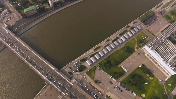 Cover Image for Krymsky Bridge Aerial View Car Traffic