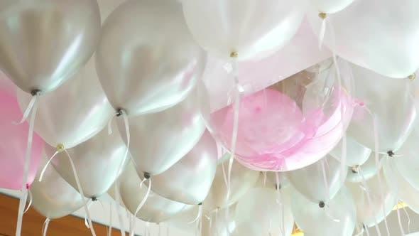 Thumbnail for Shiny White Helium Balloons