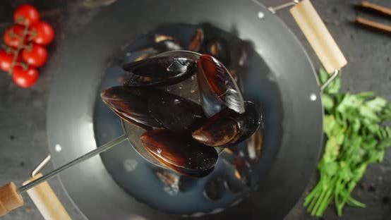 Boiled Mussels Are Extracted From Boiling Water.