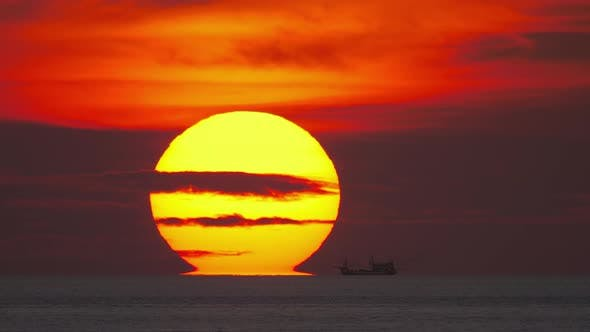 Cover Image for Sunset Landscape at Phuket, Timelapse