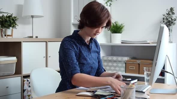 Thumbnail for Designer Chooses Best Color Samples for the Client