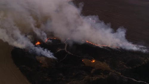 Disaster, Dry Lanes in Fire, Firefighters at Work