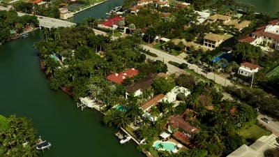 Luxury homes in Miami Beach