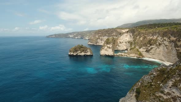 Cover Image for Cliffs, Sea and Waves at Nusa Penida, Bali, Indonesia