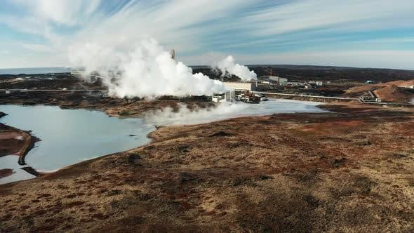 Thumbnail for Geothermisches Kraftwerk auf der Halbinsel Reykjanes in Island