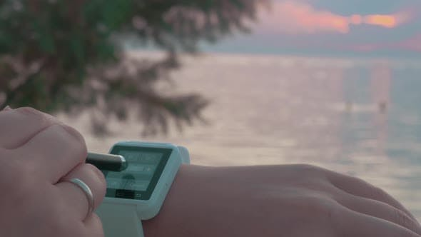 Thumbnail for Using Smart Watch on the Beach