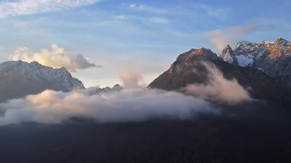 Thumbnail for Time Lapse Clouds Over Watzmann and Hochkalter Mountains, Berchtesgaden, Germany