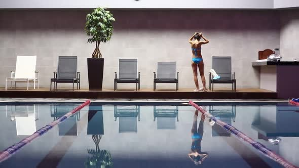 Cover Image for In The Swimming Pool