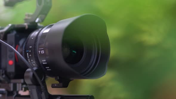 Professional Camera Lens and Motorized Focus Control