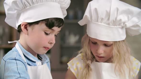 Thumbnail for Little Cooks Tasting Sweets