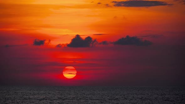 Cover Image for Red Sunset Over Ocean
