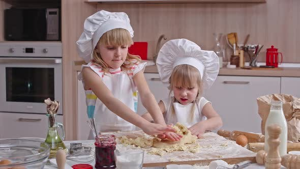 Cover Image for Kneading Dough Together