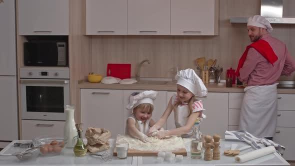 Thumbnail for Little Bakers