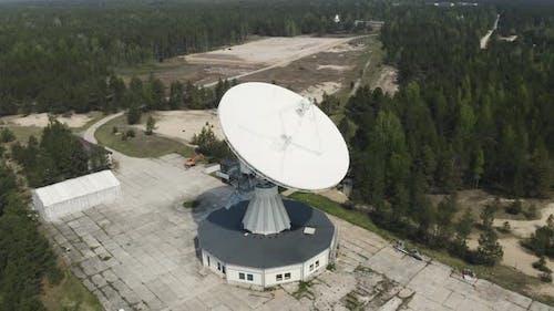 Radio Astronomy Centre With Observatory Telescope