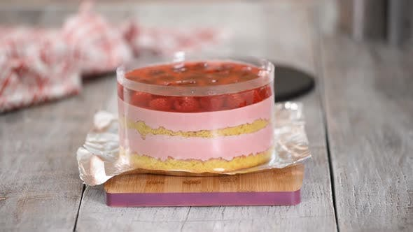 Thumbnail for Delicious Raspberry Mousse Cake with Jelly