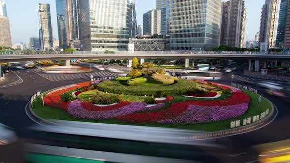 Thumbnail for Shanghai Lujiazui Pedestrian Bridge in Pudong Area Timelapse