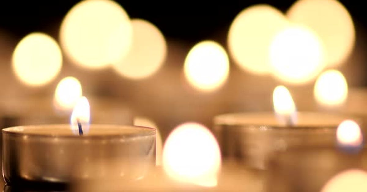 Many Candles Light 005