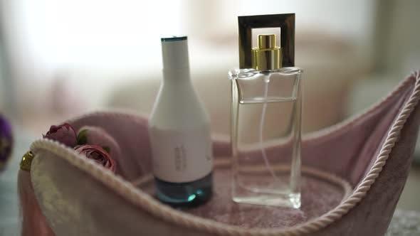 Thumbnail for Perfume
