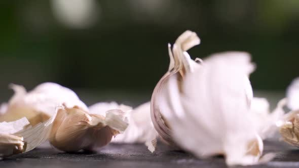 Cover Image for Whole Garlic Bulbs and Garlic Skin Is Blown Away.