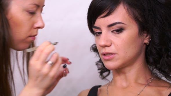 Thumbnail for Footage Woman In The Beauty Salon.