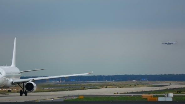 Thumbnail for Frankfurt Airport Apron Traffic