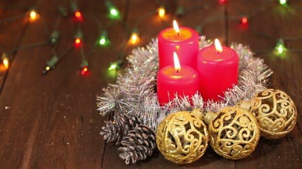 Thumbnail for Weihnachts-Arrangement. Brennende Kerzen