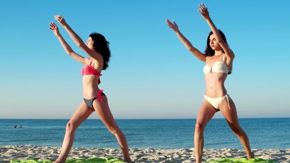 Cover Image for Fitness Classes On The Sea For a Healthy Way