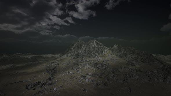 Thumbnail for Riesige dunkle Wolken über schottischen Highlands