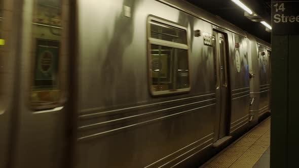 Train Movement. Metro New York.
