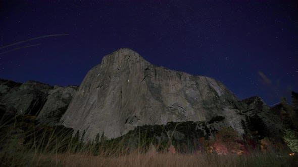 Thumbnail for El Capitan night climbing