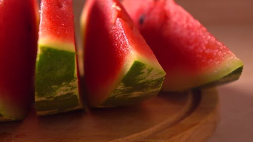 Mehrere Wassermelonenscheiben