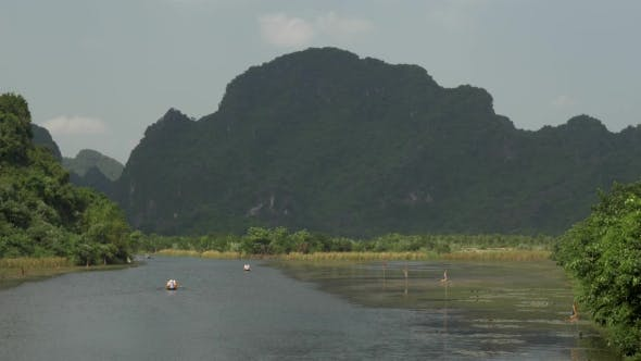 Thumbnail for Boat Tours In Trang An, Vietnam