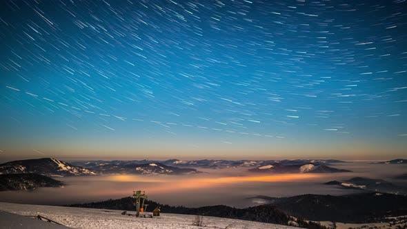 Thumbnail for Lactée Laps de temps dans les Carpates