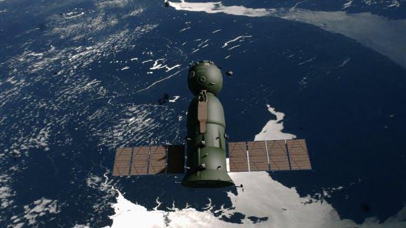 Soyuz Spacecraft - Old Film