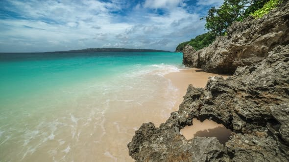 Cover Image for Tropical Sea And Rocks On The Puka Beach In Boracay Island, Philippines.   - August 2016, Boracay