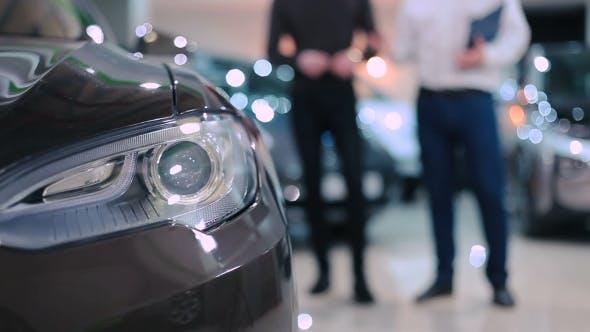 Scheinwerfer des Elektroautos