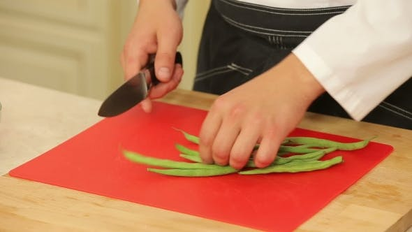 Thumbnail for Cutting Green Beans