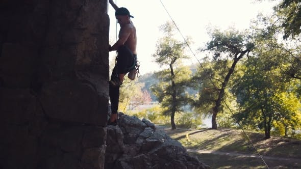 Thumbnail for Strong Topless Climber Breaks Down