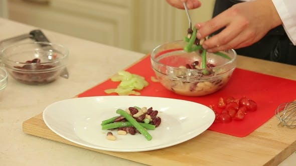 Thumbnail for Cooking Fresh Salad With Tuna And Beans