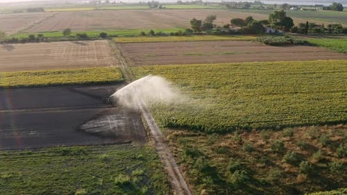Irrigation system for agricultural fields
