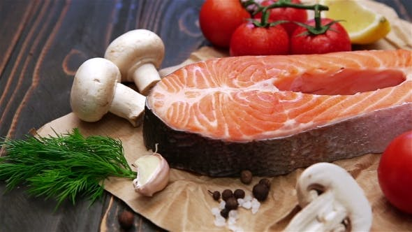 Cover Image for Fresh Raw Salmon Red Fish Steak
