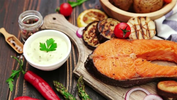 Cover Image for Crispy Roasted Salmon Steak